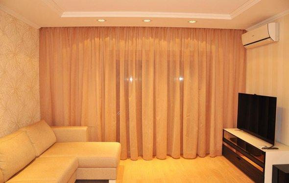 шторы-в-гостиную-на-два-окна